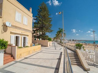 2 bedroom Apartment in Marina di Ragusa, Sicily, Italy : ref 5455699
