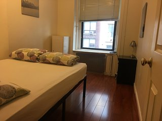 4 Beautiful & Cozy real 2BDR Close ESB