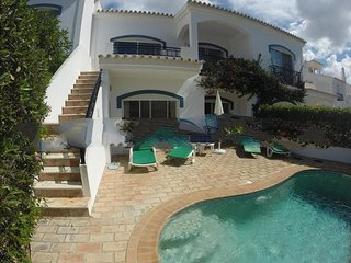 2 bedroom Villa in Vale do Lobo, Faro, Portugal : ref 5000286