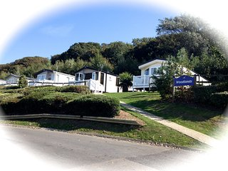 Prestige 3 bedroom - 8 berth Caravan Beautiful Views-Chesil Beach & Fleet Lagoon