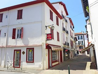 2 bedroom Apartment in Saint-Jean-de-Luz, Nouvelle-Aquitaine, France : ref 55806