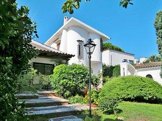 4 bedroom Villa in Terracina, Latium, Italy - 5440531