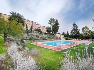 5 bedroom Apartment in Foce, Umbria, Italy : ref 5513351