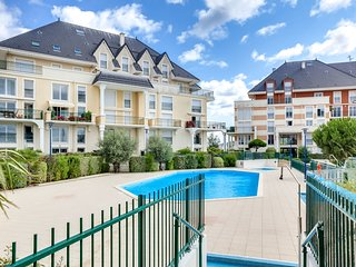 2 bedroom Apartment in Houlgate, Normandy, France - 5513444