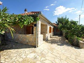 2 bedroom Villa in Goles Makarska, Zadarska Zupanija, Croatia : ref 5554276