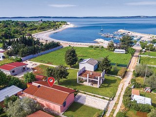 3 bedroom Villa in Peroj, Istria, Croatia : ref 5532556