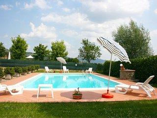 Fondaccio Villa Sleeps 6 with Pool and WiFi - 5490402
