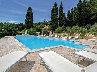 3 bedroom Villa in Monteverdi Marittimo, Tuscany, Italy : ref 5540894