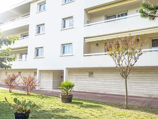 3 bedroom Apartment in Pontaillac, Nouvelle-Aquitaine, France : ref 5549550
