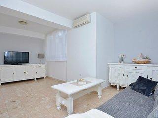 3 bedroom Apartment in Duce, Splitsko-Dalmatinska Zupanija, Croatia : ref 553248