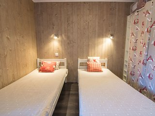 1 bedroom Apartment in Les Boisses, Auvergne-Rhone-Alpes, France : ref 5552352
