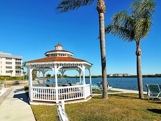 Remodeled 2br 2ba with private patio, beautiful water views, walk to #1 beach