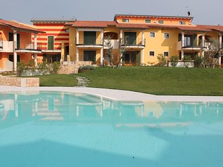 2 bedroom Apartment in Mondragon di Sotto, Veneto, Italy : ref 5506623