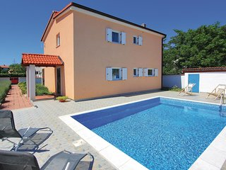 4 bedroom Villa in Valdebek, Istria, Croatia : ref 5520645