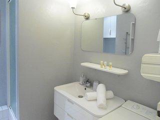1 bedroom Apartment in Nantes, Pays de la Loire, France : ref 5558074