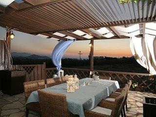 Aeolos Sunny Villas | Superior Jaccuzzi Sea View Villa
