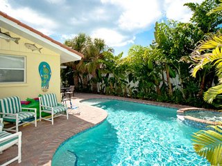Tropical-style family home w/a private pool, spa, & plenty of room!