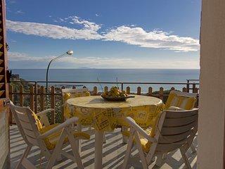 3 bedroom Apartment in Castiglione della Pescaia, Tuscany, Italy : ref 5550323