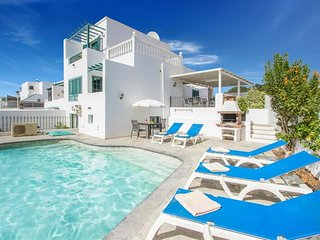 4 bedroom Villa in Puerto del Carmen, Canary Islands, Spain - 5487986