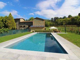 2 bedroom Villa in Salceta-Formicheto-Osteria, Tuscany, Italy : ref 5490579