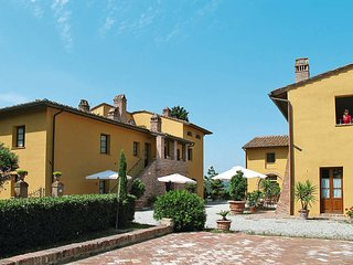 2 bedroom Apartment in San Miniato Basso, Tuscany, Italy : ref 5446874