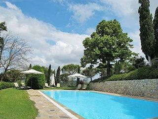 2 bedroom Apartment in San Miniato Basso, Tuscany, Italy : ref 5446874
