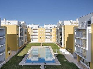 2 bedroom Apartment in Armação de Pêra, Faro, Portugal - 5550893