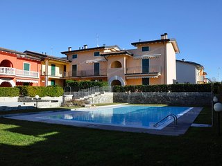 2 bedroom Apartment in Mondragon di Sotto, Veneto, Italy : ref 5506626