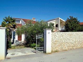 2 bedroom Villa in Zlošane, Zadarska Županija, Croatia : ref 5559445