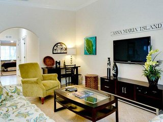 Tropical-themed home w/ furnished patio & private pool - walk to the beach!