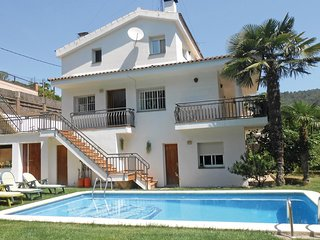 4 bedroom Villa in Sant Iscle de Vallalta, Catalonia, Spain : ref 5538613