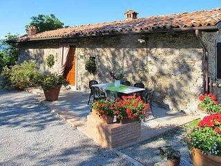 3 bedroom Villa in Molazzana, Tuscany, Italy : ref 5447137