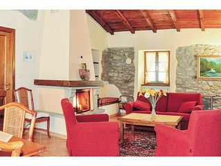 2 bedroom Apartment in Ceserano, Tuscany, Italy : ref 5566855
