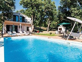 3 bedroom Villa in Jurjevic, Zadarska Zupanija, Croatia : ref 5532745