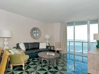 Spacious apartment 2 Bedrooms with dream views! FREE SPA