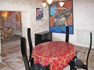 2 bedroom Villa in Tarascon, Provence-Alpes-Côte d'Azur, France : ref 5443402