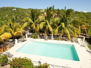 Ocean Beach Suites and Villas Bedroom 9, holiday rental in Spanish Town
