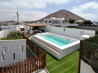 Villa c/ piscina y paisaje volcánico! Ref. 232648