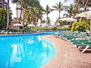 Mayan Palace Mazatlan Luxury Resort 2br/2ba
