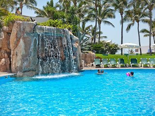 Mayan Palace Mazatlan Luxury Resort 2br/2ba