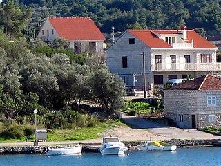 3 bedroom Villa in Lumbarda, Dubrovacko-Neretvanska Zupanija, Croatia : ref 5038