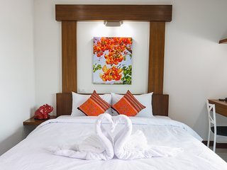 Cozytel Chiang Mai - King Bed Room - Room Only
