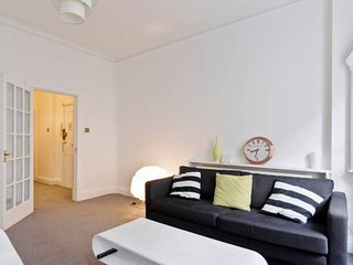 Oxford Circus Luminous Gem, sleeps 4