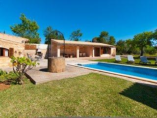Villa Els Olivers / Olivers Petits