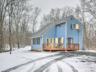 Cozy Home w/Deck on 2.5 acres in Pocono Mountains!