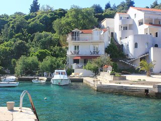 Two bedroom apartment Racisce, Korcula (A-4338-a)