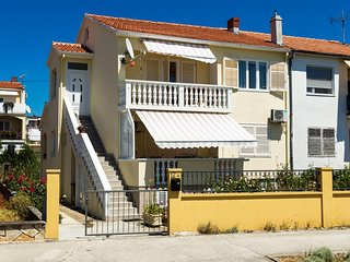 Two bedroom apartment Zadar (A-5773-a)