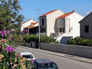 Two bedroom apartment Supetar, Brac (A-5612-a)