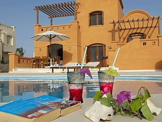 Enjoy Feast Vacation by renting 3 Bedrooms Villa in El Gouna 'E'