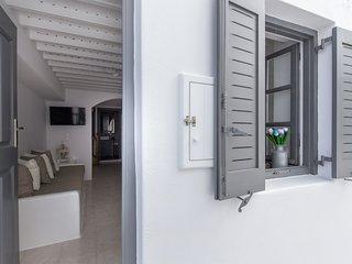 SeaBlue Venice House 1, in Mykonos Town
